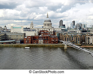 Saint Paul\'s Cathedral in the City of London, UK