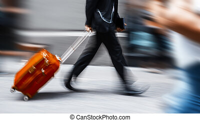 homme affaires, rouges, valise, hâte