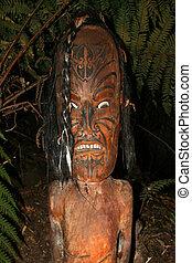 Maori Carving - Maori Culture in New Zealand