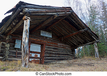 Old closed post office in Wiseman - Old closed wooden post...