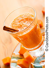 Pumpkin Smoothie - Healthy Pumpkin Spice Smoothie