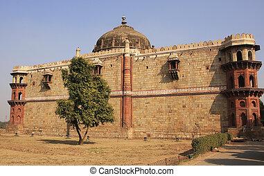 Qila-i-kuna Mosque, Purana Qila, New Delhi, India