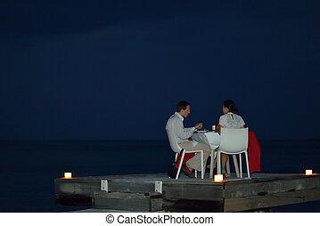 romántico, pareja, tener, Al aire libre, cena