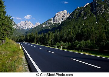 Mountain Road - Road in a mountain landscape