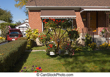 Front yard - Beautiful front yard of a hause in Toronto