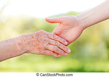 Elderly care - The helping hands for elderly home care