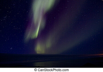Aurora Borealis over the Bay 011