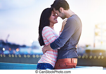 romantic couple near santa monica pier