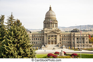 Idaho state capital building in the autumn