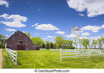 Red Barn - Farm shed of the famous Buffalo Bill near North...