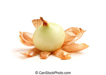 Peeled onions with husk. - Peeled onions with husks close up...