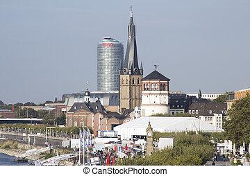 Dusseldorf. City. NRW. - Dusseldorf. City. Altstadt....
