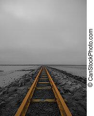 Solitário, estrada ferro