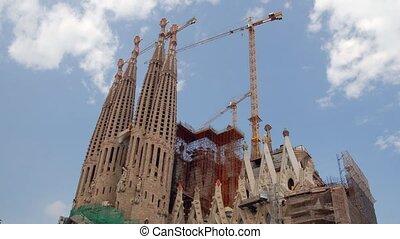Sagrada Familia, Barcelona - Sagrada Familia Cathedral Time...