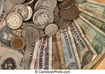 Old Ecuadorian Money - Out of print Ecuadorian bills and...