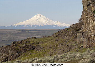 Rocky Ridge Outcropping Reveals Mt Hood Cascade Range...