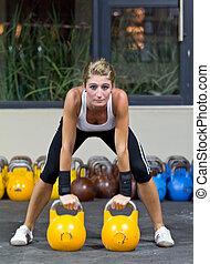 modelo, Kettlebell, ginásio, treinamento
