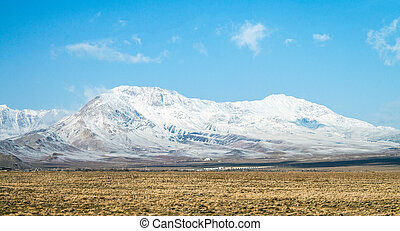 Snow covered mountains in central Iran, near Yazd Februar...