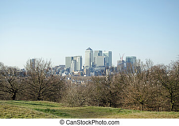 Canary Wharf from Greenwich Park - View from Greenwich Park...