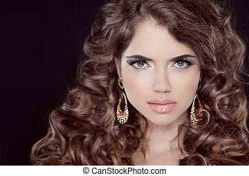 Hairstyle. Beautiful Sexy Brunette Woman. Healthy Long Brown...