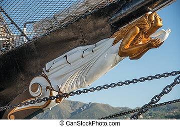 Figurehead - figurehead of a vintage sailing ship