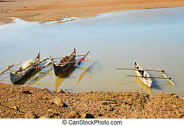 fishing boats of nosy be - the traditional fishing boats of...
