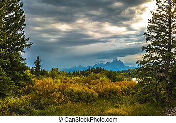 Fall in Grant Tetons National Park - Autumn in Grand Tetons...