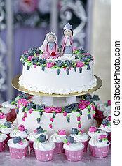 wedding cake - beautiful wedding cake for solemnization...