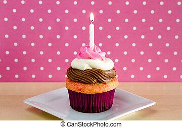 Neapolitan Cupcakes - Single neapolitan frosted cupcake on...