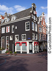 Traditional Houses in Amsterdam - Traditional old Dutch...