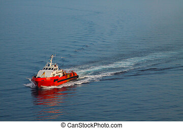 crews boat in offshore oil and gas industry