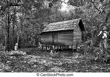 B/W Traditional Wooden Barn - Black and white ancient...