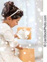 heureux, enfant, girl, cadeau, boîte