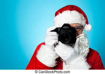 Smile please! Time for a sweet click. - Say cheese! Santa...