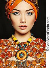 hermoso, collar, mujer, joven, retrato