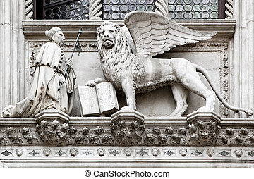 Venetian lion - St. Mark and winged venetian lion in Venice,...