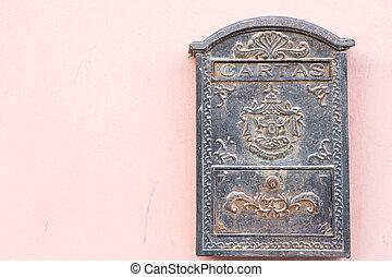 beautiful old mailbox