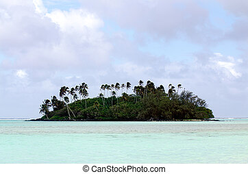 Muri Lagoon in Rarotonga Cook Islands - Small coral islet at...