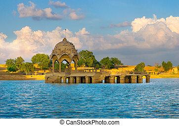 Gadi Sagar Gate, North India - Gadi Sagar Gate, Jaisalmer,...