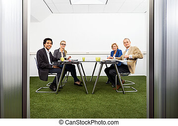 Meeing in a sustainable conference room - Four people...