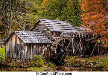Virginias Mabry Mill on the Blue Ridge Parkway in the Autumn...