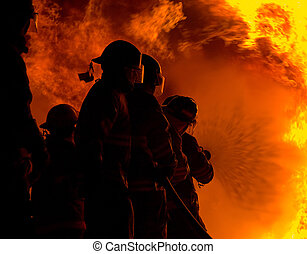 fire fighting - Fighting large fire