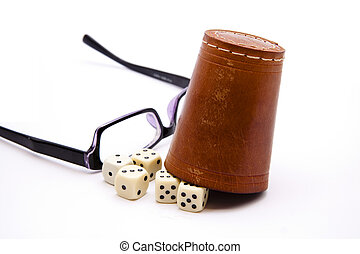 Dice cup with glasses
