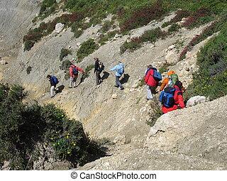 Don\'t fall down - Taken on a hiking tour on Gozo (Malta)