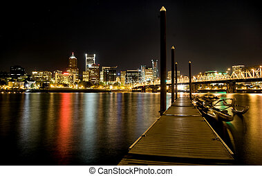 Night Shot Portland Oregon reflection Columbia River