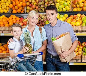 買い物, 家族, 棚, に対して, 成果, 持つ
