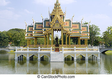 Bang Pa-In Palace (Summer Palace) - Bang Pa-In Palace...