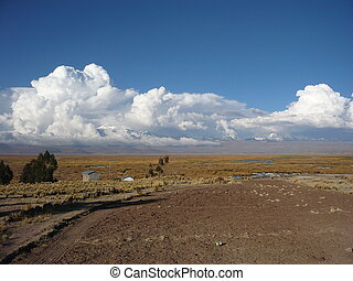 Altiplano - Peru, mountains in clouds