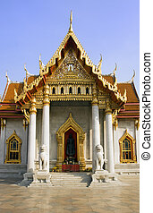 Wat Benjamabopith - Buddhist temple of Wat Benjamabopith in...