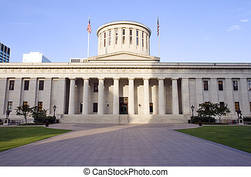 Ohio Statehouse - West facade of the Ohio Statehouse in...